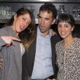 Latifa Ichou, Alex Goude et Naoëlle d'Hainaut au restaurant de Yoni Saada, Miniatures, à Paris, le 5 avril 2013.