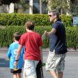 Pierce Brosnan et ses deux fils Paris Beckett et Dylan Thomas