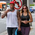 Kelly Brook et son compagnon David McIntosh quittent la salle de gym à West Hollywood, le 14 juillet 2014.