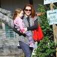 Alyson Hannigan emmène sa fille Keeva au parc à Los Angeles, le 8 janvier 2015