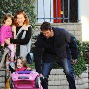 Alyson Hannigan : Maman comblée et euphorique avec ses filles et son mari