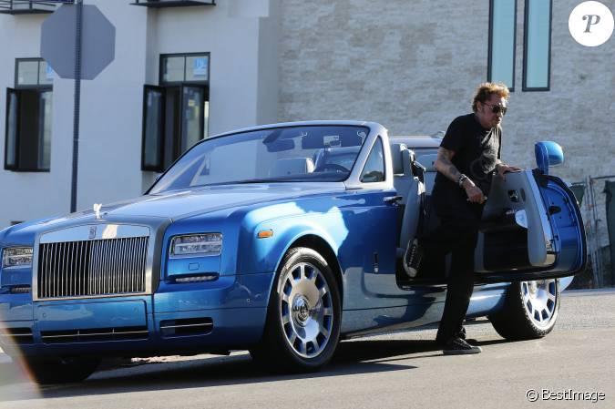 le chanteur johnny hallyday a ab m sa voiture alors qu 39 il se rendait son cours de gym los. Black Bedroom Furniture Sets. Home Design Ideas
