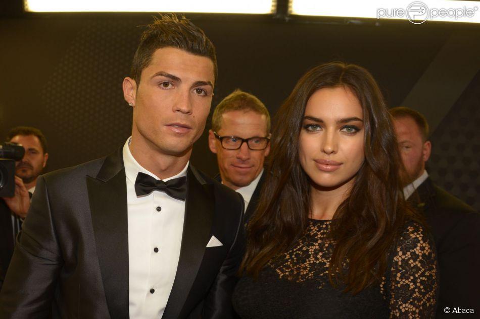 Cristiano Ronaldo et Irina Shayk lors de la cérémonie de remise du Ballon d'Or FIFA 2013. Zurich, le 13 janvier 2014.