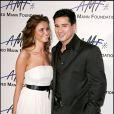 """Mario Lopez et Heidi Mueller lors de la soirée de gala """"Alfred Mann Foundation Innovation & Inspiration"""" à Beverly Hills, le 9 septembre 2006"""