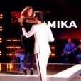 Hiba Tawaji rejoint Mika dans The Voice 2015 sur TF1, le samedi 24 janvier 2015