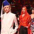 """Défilé de mode haute couture printemps-été 2015 """"Schiaparelli"""" à Paris le 26 janvier 2015."""