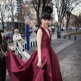 Jessica Minh Anh arrive à la Maison de la Radio pour assister au défilé Stéphane Rolland haute couture printemps-été2015. Paris, le 27 janvier 2015.
