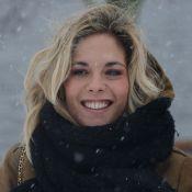 Alysson Paradis : Ravissante sous la neige avec Christa Théret, brune