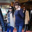 Whitney Houston et sa fille Bobbi Kristina Brown à la sortie du Medical Building de Beverly Hills, le 9 février 2011