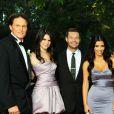 Bruce Jenner, Kendall Jenner, Ryan Seacrest, Kim Kardashian, Khloe Kardashian, Kylie Jenner, Kris Jenner, Kourtney Kardashian, Robert Kardashian lors du mariage de Khloe au Lobster de Santa Monica, le 27 septembre 2009