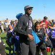 Kobe Bryant est venue encourager sa fille Natalia Diamante lors d'un match de foot à Lancaster du côté de Los Angeles, le 15 février 2015, en compagnie de son épouse Vanessa
