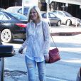 Exclusif - Tori Spelling va déjeuner avec un ami à West Hollywood, le 13 février 2015.