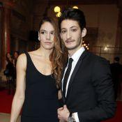 Pierre Niney et sa girlfriend Natasha Andrews : ''Apprendre avec le coeur''