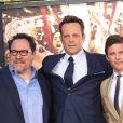 Vince Vaughn, Jon Favreau, James Marsden - Vince Vaughn laisse ses empreintes dans le ciment hollywoodien au TCL Chinese Theater à Hollywood, le 4 mars 2015