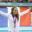 Camille Muffat après sa victoire sur le 400 mètres nage libre aux Jeux olympiques de Londres, le 29 juillet 2012