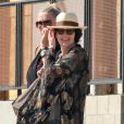 """ Lena Headey avec un ami dans West Hollywood, Los Angeles, le 4 mars 2015 """