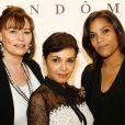 Saïda Jawad entre Elisabeth Deshayes et Audrey Chauveau lors de la soirée Diamond Night by Divinescence Vendôme lors du Paris Art Fair au Grand Palais à Paris, le 26 mars 2015
