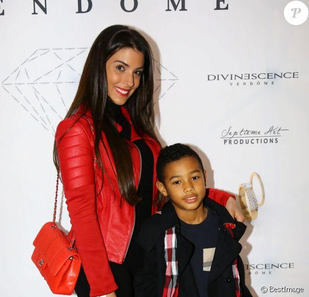 Ludivine Sagna et son fils Elias lors de la soirée Diamond Night by Divinescence Vendôme lors du Paris Art Fair au Grand Palais à Paris, le 26 mars 2015