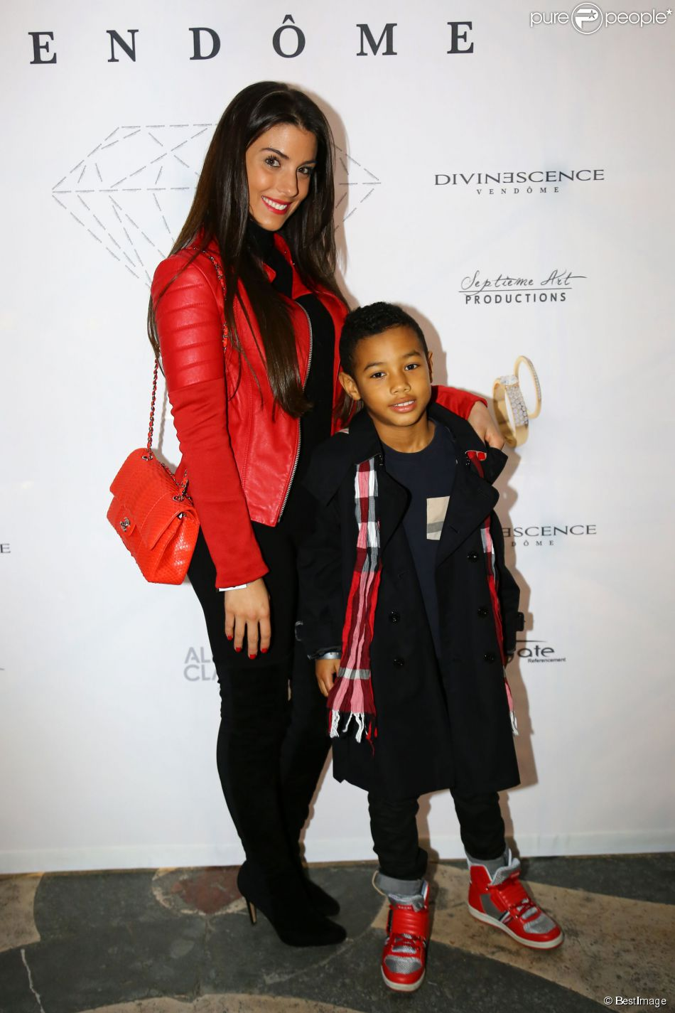 Ludivine Sagna et son fils Elias lors de la soirée Diamond Night by Divinescence Vendôme lors du Paris Art Fair au Grand Palais à Paris, le 26 mars 2015