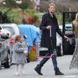 Abbey Clancy avec son époux Peter Crouch et leur petite Sophia à la Hampstead Heath Fair de Londres, le 5 avril 2015