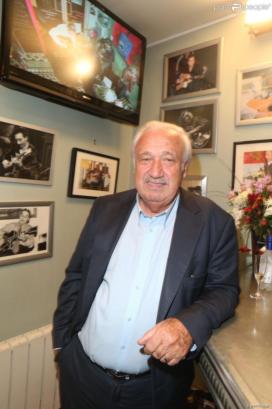 Marcel campion condamn pour injures bernard de la villardi re indemnis - Mondial relay saint ouen ...