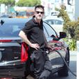 Exclusif - David Arquette met de l'essence dans sa voiture à Hollywood, le 31 mars 2015