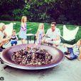 Tori Spelling a ajouté une photo à son compte Instagram, le 2 avril 2015