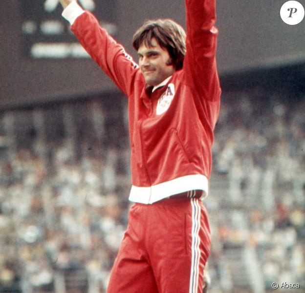 Bruce Jenner aux Jeux Olympiques de Montréal, en juillet 1976.