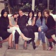 Kim Kardashian, Kendall, Bruce et Kylie Jenner, Kourtney et Khloé Kardashian. Photo publiée en janvier 2015.