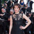"""Anais Demoustier - Montée des marches du film """"Deux jours, une nuit"""" lors du 67e Festival du film de Cannes le 20 mai 2014"""