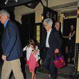L'actrice Katie Holmes s'est rendue au restaurant à New York avec ses parents et sa fille Suri pour les 9 ans de celle-ci, le 17 avril 2015