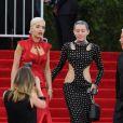 Rita Ora et Miley Cyrus - Soirée Costume Institute Gala 2015 (Met Ball) au Metropolitan Museum, célébrant l'ouverture de Chine: à travers le miroir à New York. Le 4 mai 2015.