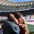 La chanteuse Shakira, son compagnon Gerard Piqué et leur fils Milan lors de la finale de la coupe du monde Allemagne-Argentine à Rio de Janeiro, le 13 juillet 2014.