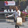 Exclusif - Eva Longoria a visité la ville de Cordoue avec des amis et de la famille, le 30 avril 2015