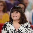 """Lisa Angell - Enregistrement de l'émission """"Vivement Dimanche"""" consacrée à Charlotte de Turckheim à Paris le 13 mai 2015. L'émission sera diffusée le 17 mai à 14h10 sur France 2."""