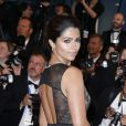 """Camila Alves (robe Gabriela Cadena) - Montée des marches du film """"The Sea of Trees"""" (La Forêt des Songes) lors du 68e Festival International du Film de Cannes, le 16 mai 2015."""