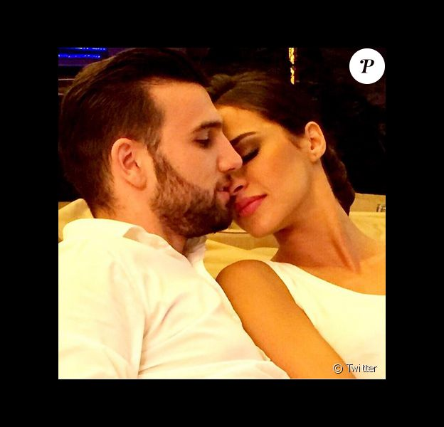 Leila Ben Khalifa réconfortée par Aymeric après son échec dans la version libanaise de Danse avec les stars. Mai 2015.