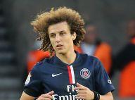 David Luiz toujours vierge ? La star du PSG dément attendre le mariage...