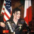Michael Jackson en 1992 lors d'une conférence de presse