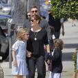 Ben Affleck, Jennifer Garner et leurs filles Seraphina et Violet vont déguster une glace en famille à Santa Monica, malgré les rumeurs de séparation du couple, le 28 mai 2015.