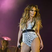 Jennifer Lopez face à Pharrell Williams : Un show grandiose jugé trop sexy