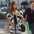 Leona Lewis est allée se chercher un café à emporter chez Starbucks à Beverly Hills. Le 13 décembre 2014