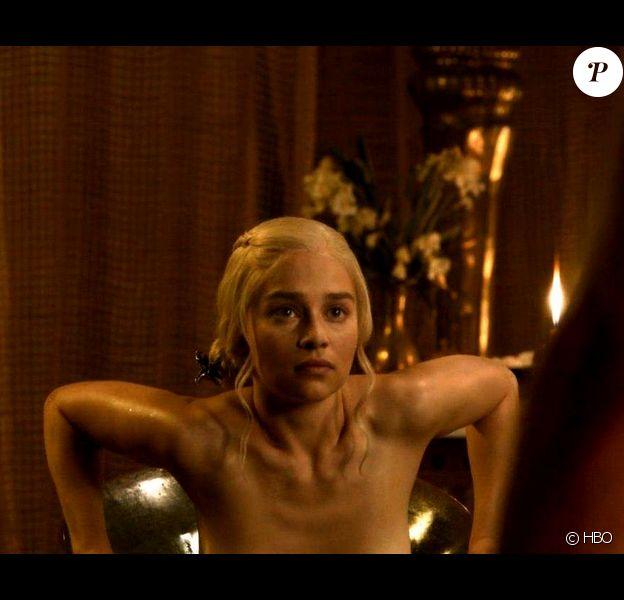 Emilia Clarke dans la série Game of Thrones.