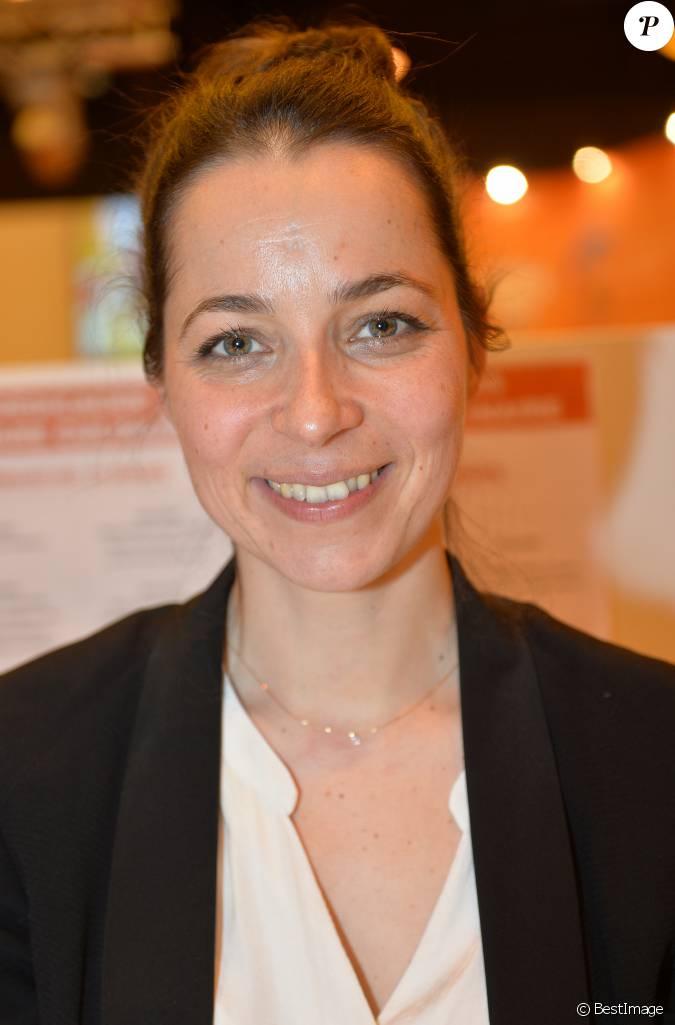 Louise denisot 35 me salon du livre au parc des expositions la porte de versailles paris - Salon du livre porte de versailles 2015 ...