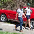 Tom Cruise et son assistante Emily à Jasper, le 4 juin 2015.