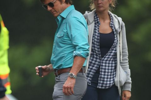 Tom Cruise : En couple avec son assistante de 22 ans, copie de Katie Holmes ?