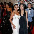 Selena Gomez et Vera Wang - Soirée Costume Institute Gala 2015 (Met Ball) au Metropolitan Museum, célébrant l'ouverture de Chine: à travers le miroir à New York. Le 4 mai 2015.