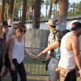 Kristen Stewart et Alicia Cargile au Coachella Music Fest à Indio, le 19 avril 2015.