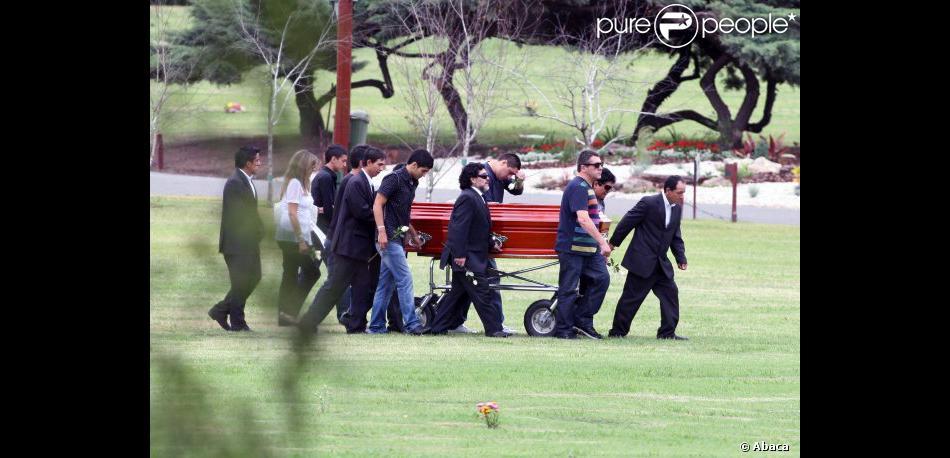 Diego Maradona lors de l'enterrement de sa maman Dalma ...