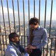 La photo de Michael Sam faisant sa demande en mariage à Vito Cammisano du haut de la basilique Saint-Pierre a disparu des réseaux sociaux, supprimées par Michael Sam